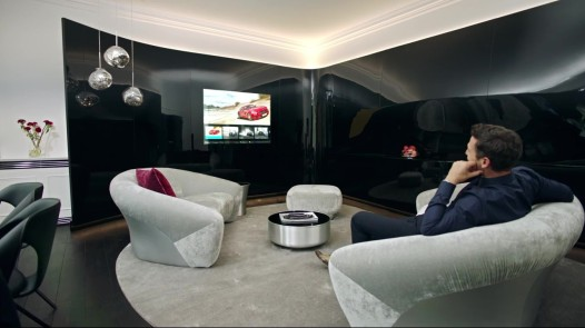 Mercedes-Benz Living @ Fraser – Comand_Moment.jpg